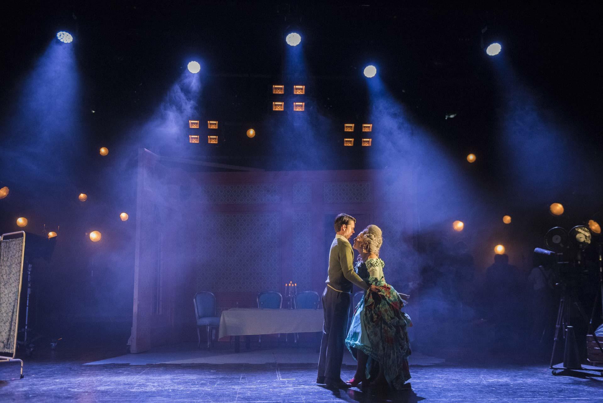 London-Theatre-and-Opera-Photographer-006-Opera-Photography-Un-Ballo-in-Maschera-by-Giuseppe-Verdi-at-West-Green-House-Opera